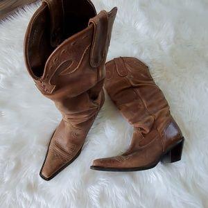 ce01b7912 Women Steve Madden Western Boots on Poshmark